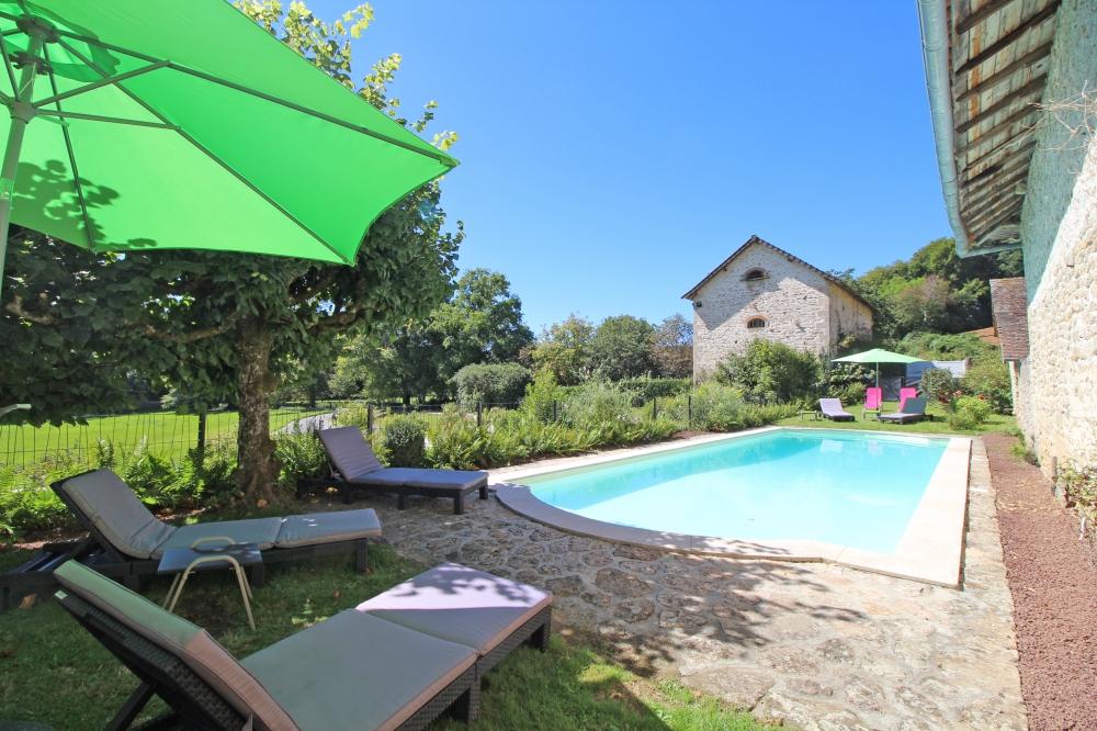 Domaine du Vignau - Charming Traditional Cottage in La Jonchere-Saint-Maurice, Limousin