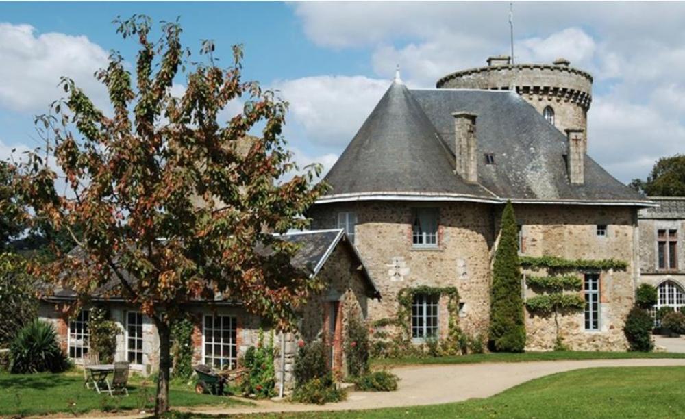 Maison historique à la Flocellière – Le Pavillon Louis XIII