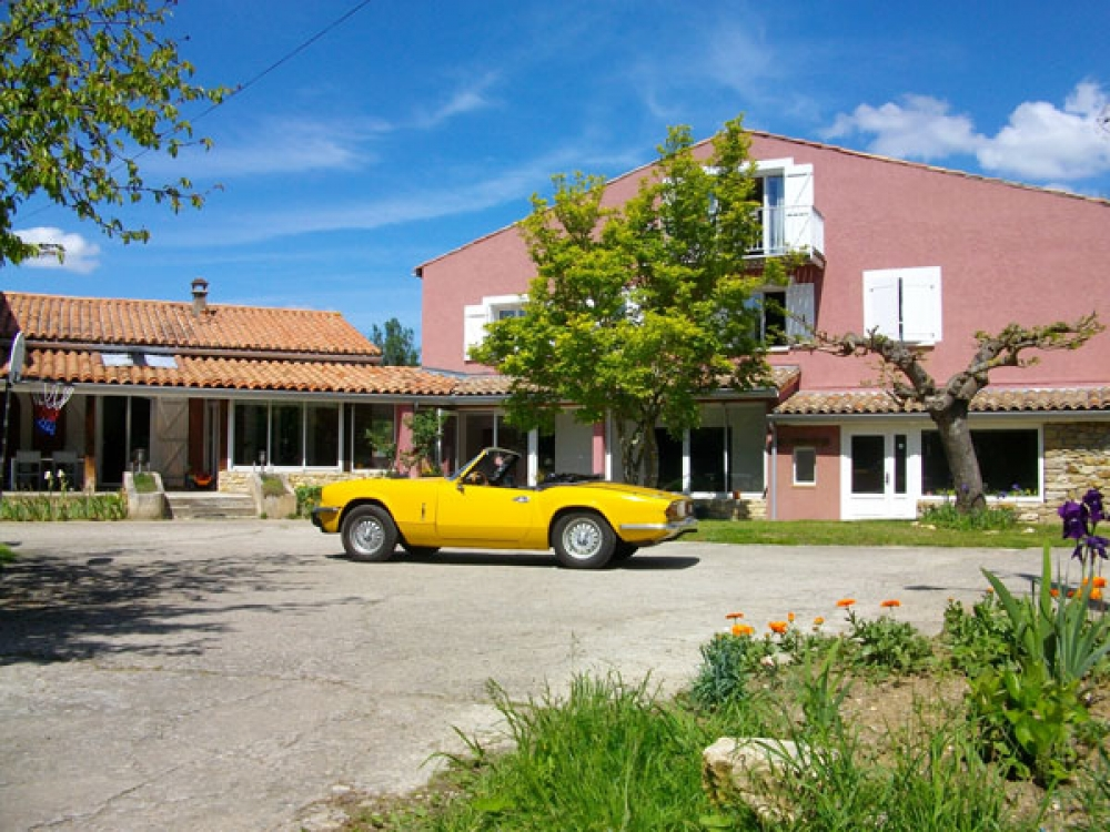 Le Moulinet - 8 Bedrooms Gite with Swimming Pool in the heart of the Cathar Pyrenees, Ariege