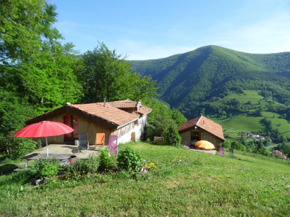 Two Separate Cottages with Stunning Views in Rivèrenert, Ariege - Les Gites des Pics