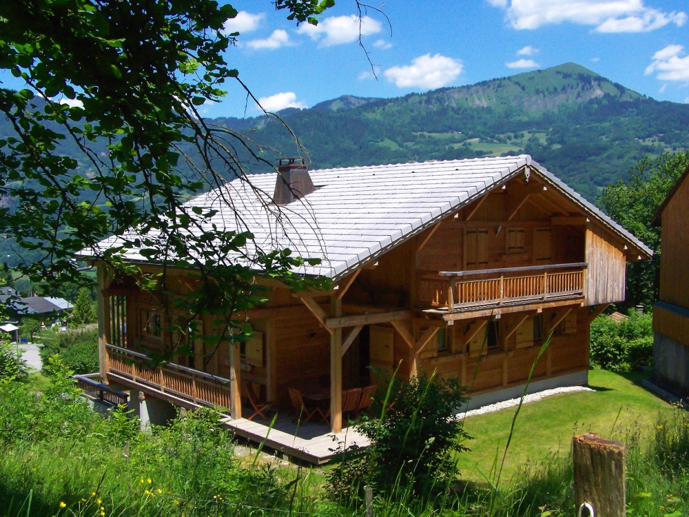 Wonderful Chalet with Stunning Views for 8 to 14 People - Chalet Perla de Na