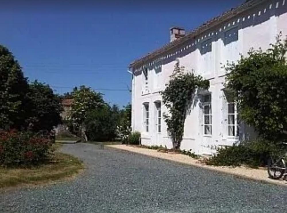 Large House with Private Pool in Saint-Sigismond, La Vendee, Pays de la Loire