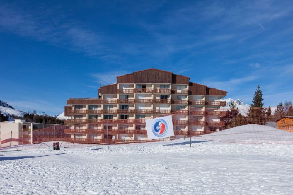 LE CHAMPAME - Lovely Studio 30m2 With Stunning Views in Les Deux Alpes, Close to the Centre
