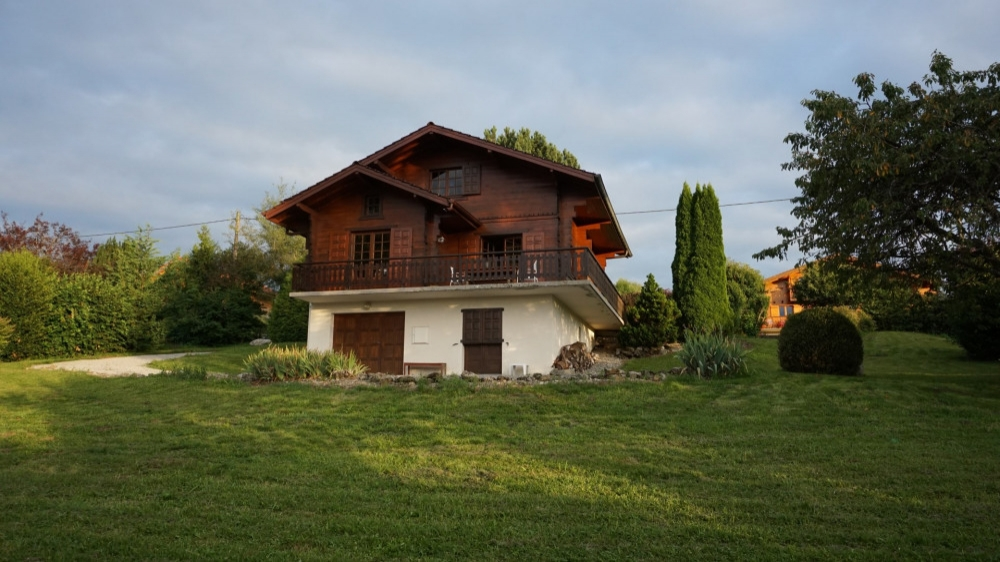 Chalet Rental in Saint-Paul-en-Chablais, Near Bernex Dent d'Oche
