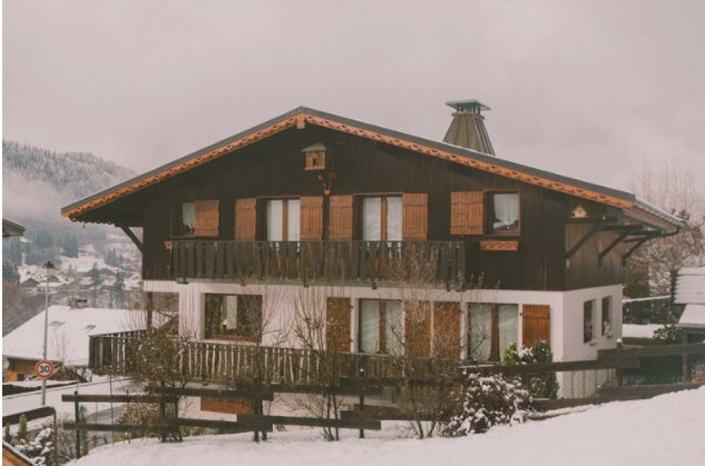 Chalet Sauvageonne - A Beautiful Chalet in Morzine, Haute-Savoie, SELF CATERED OR CATERED