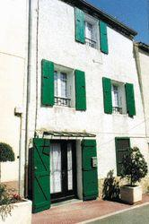 Traditional Sorede Village House to rent in Pyrenees-Atlantiques, France - Sleeps 6