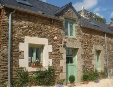 Pretty Brittany Cottage rental in Morbihan, France ~ Haut Coello