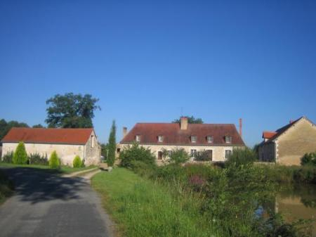 Bed and Breakfast in the Loire Valley, close to Saumur ~ Le Cedre de Monnaie