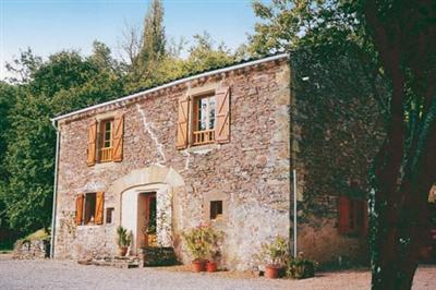 Beautiful French Holiday Cottage with pool in Tarn, near Cordes and Albi