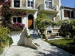 Luxurious holiday homes in France, cottages to rent in France, houses to let, chalets to rent in the French mountains. Self catering France villas. Great for mountain biking in the summer months and your club cycling trip.