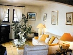 Where to rent a villa with pool in France. Dordogne cottages, Brittany self cater holiday, Aquitaine seaside villa, Pyrenees ski chalet, Provence cottage.